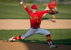 Tinley Park's Zack Tuuk pitches against Andrew,